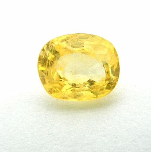 4.90 Carat Natural Yellow Sapphire (Pukhraj) Gemstone