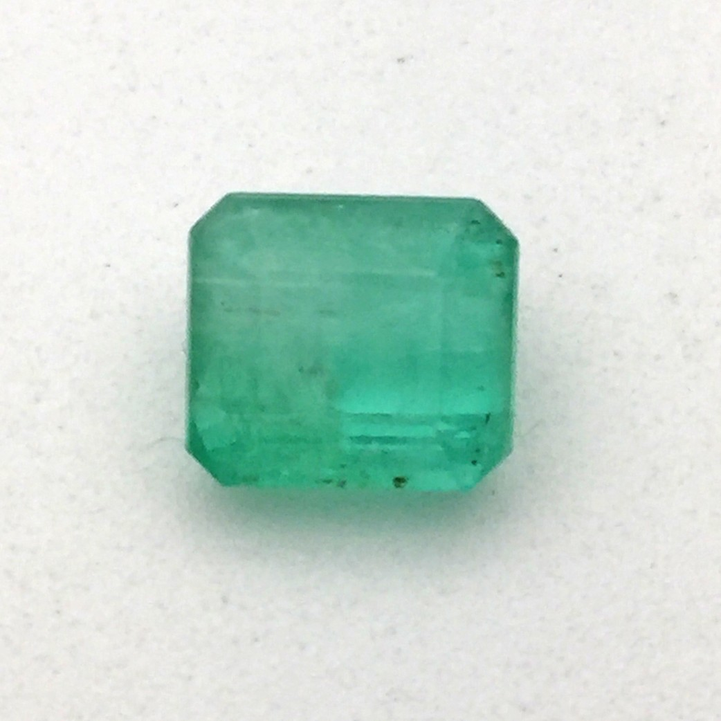 photos gem cut stock images alamy emerald green photo round image