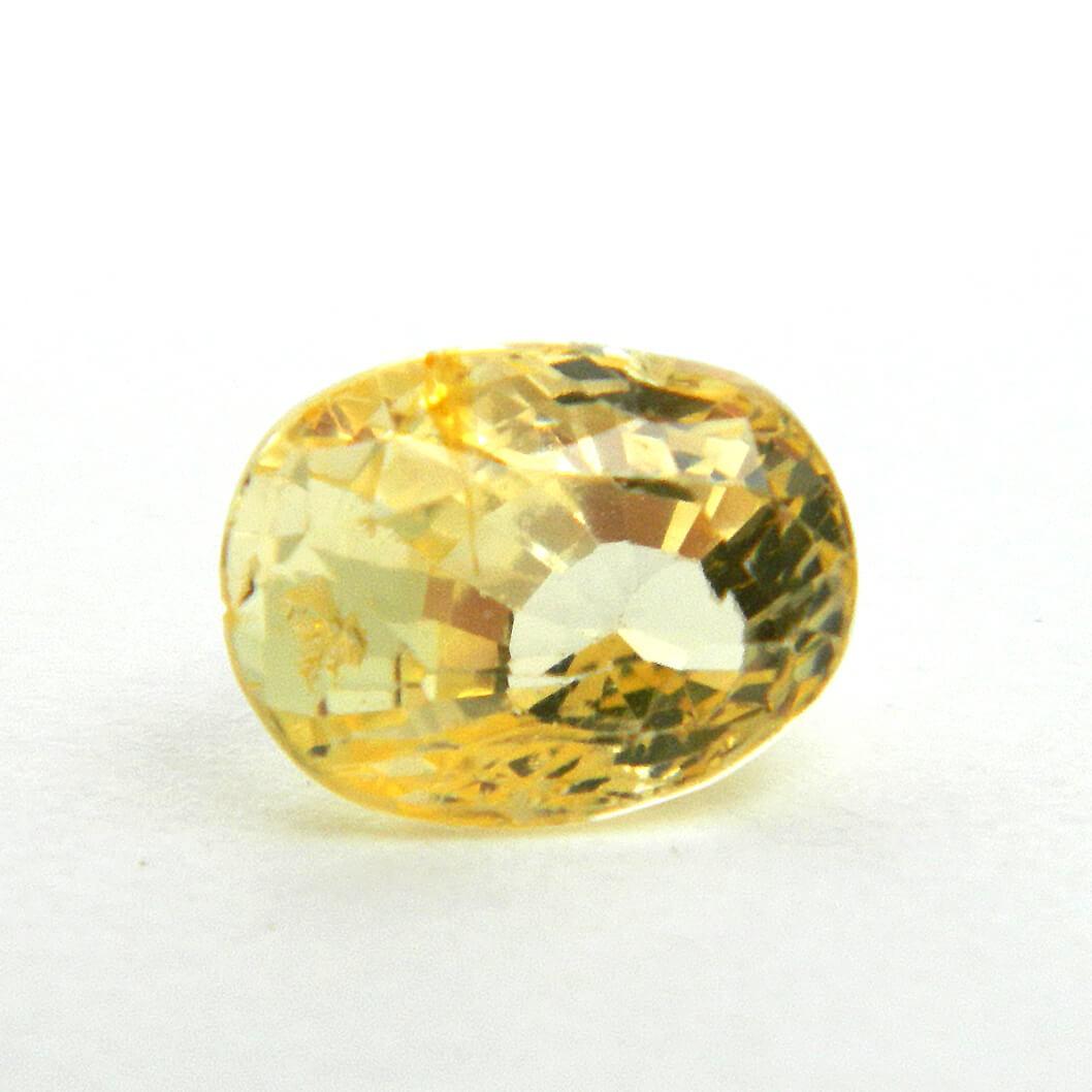 3.28 Carat/ 3.64 Ratti Natural Ceylon Yellow Sapphire Gemstone