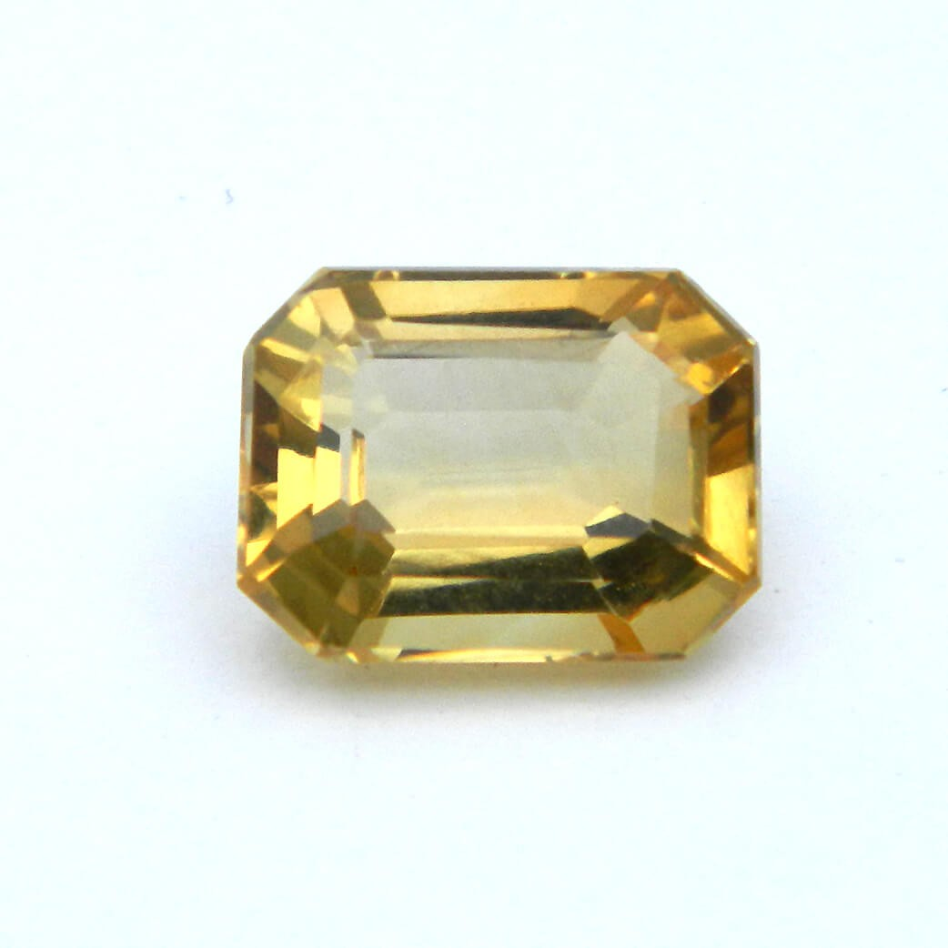 3.60 Carat/ 4.00 Ratti Natural Citrine (Sunela) Gemstone