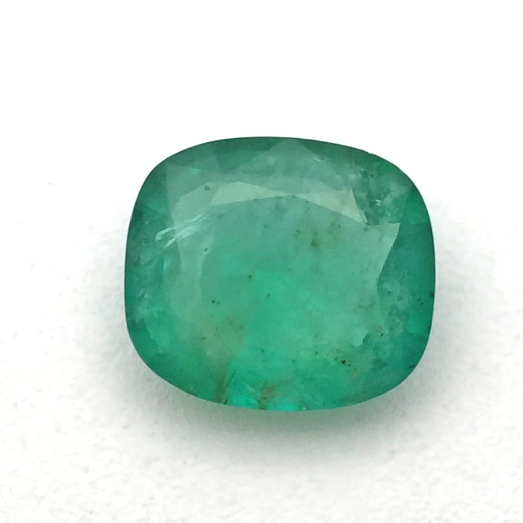 3.82 Carat  Natural Emerald (Panna) Gemstone