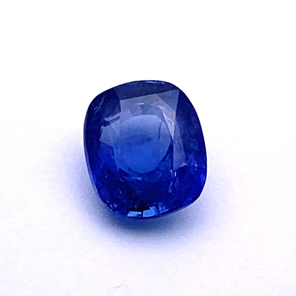 5.96 Carat/ 6.61 Ratti Natural Ceylon Blue Sapphire (Neelam) Gemstone