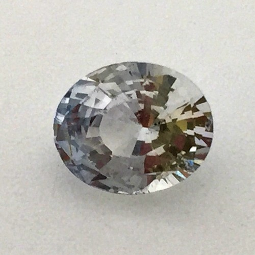 2.41 Carat/ 2.67 Ratti Natural Ceylon Colorless Sapphire Gemstone