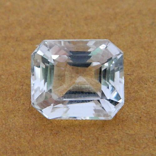 8.07 Carat/ 8.95 Ratti Natural Rock Crystal (Sphatik)
