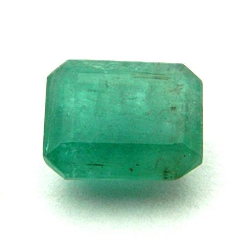 8.67 Carat Natural Emerald (Panna) Gemstone