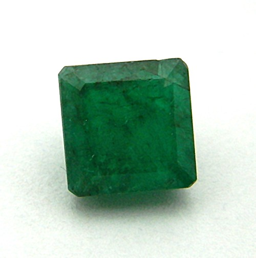 7.15 Carat Natural Emerald (Panna) Gemstone