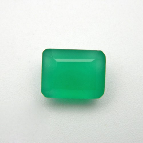 7.42 Carat Natural Green Onyx Gemstone