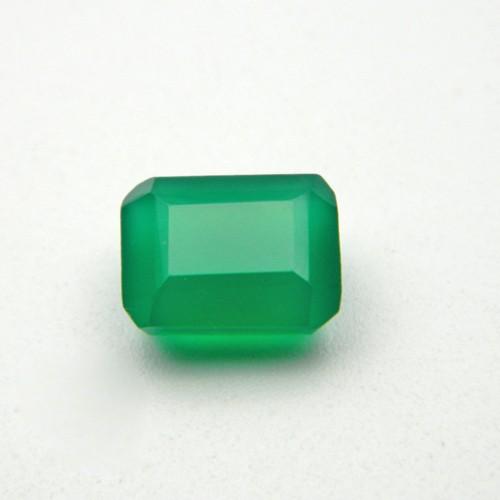 4.82 Carat Natural Green Onyx Gemstone