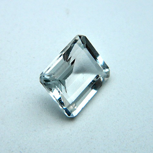 7.26 Carat/ 8.06 Ratti Natural White Topaz Gemstone