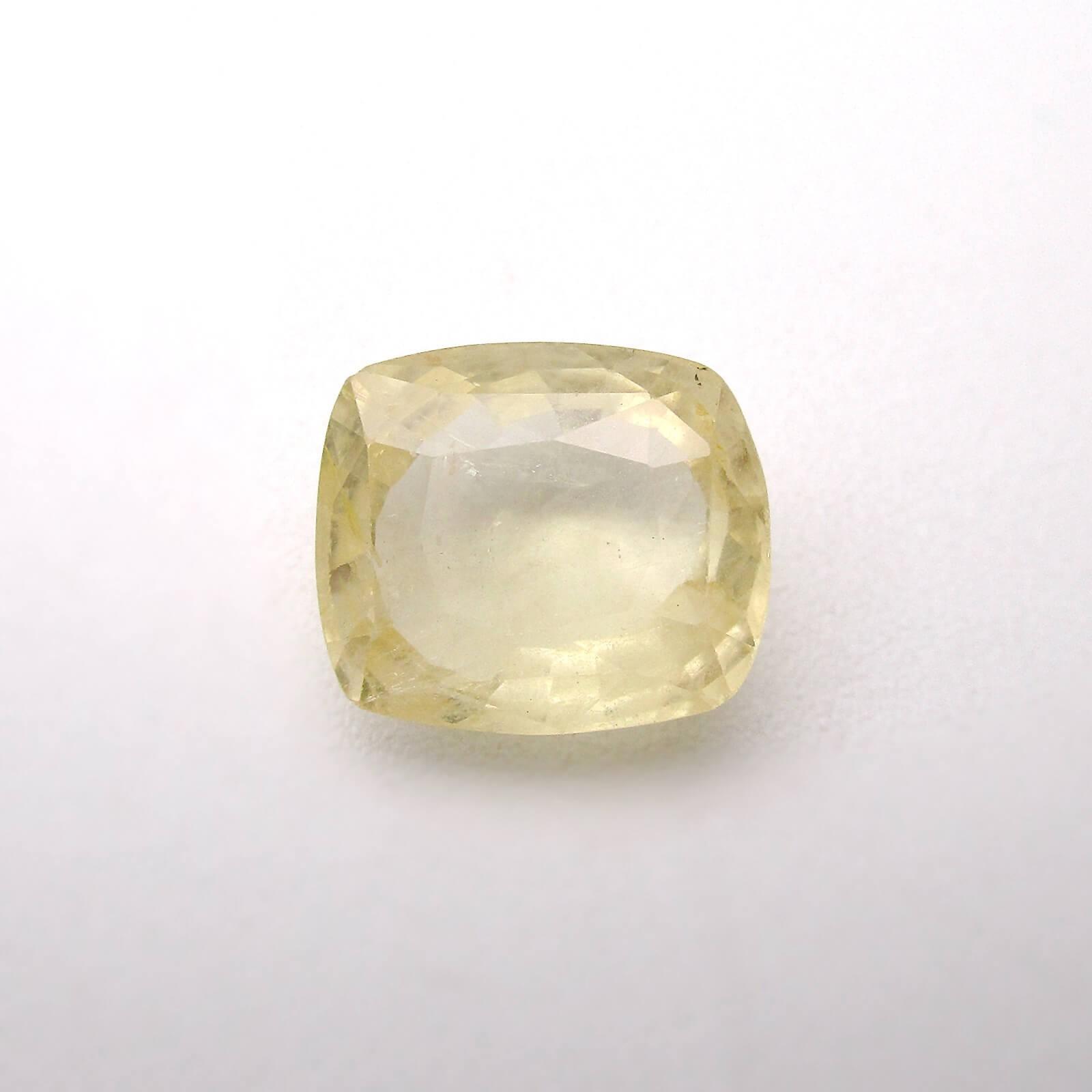 5.68 Carat/ 6.30 Ratti Natural Ceylon Yellow Sapphire (Pukhraj) Gemstone
