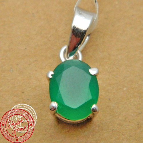 green  onyx  Gemstone   Pendant