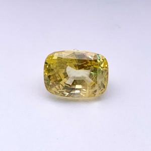 6.35 Carat/ 7.05 Ratti Natural Ceylon Yellow Sapphire Gemstone