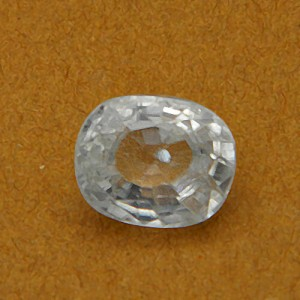 6.87 Carat/ 7.62 Ratti Natural Ceylon White Zircon Gemstone