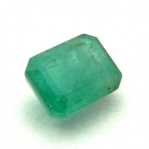 8.67 Carat Natural Emerald (Panna) Gemstone