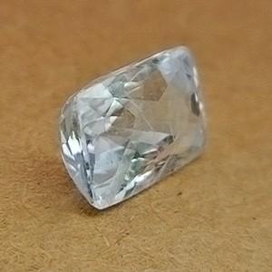 7.84 Carat/ 8.71 Ratti Natural Ceylon White Sapphire Gemstone