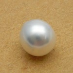 4.95 Carat/ 5.50 Ratti South Sea Pearl Gemstone