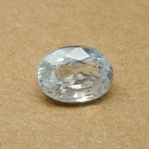 6.39 Carat/ 7.09 Ratti Natural Ceylon White Zircon Gemstone