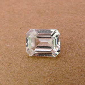 3.7 Carat/ 4.11 Ratti Natural Ceylon White Zircon Gemstone