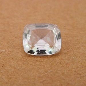 4.63 Carat/ 5.14 Ratti Natural Ceylon White Zircon Gemstone