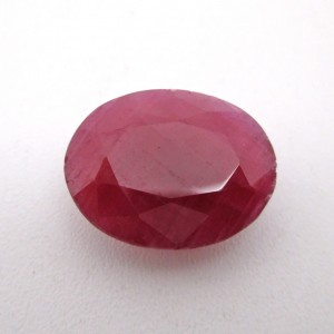 8.13 Carat/ 9.02 Ratti Natural African Ruby (Manik) Gemstone