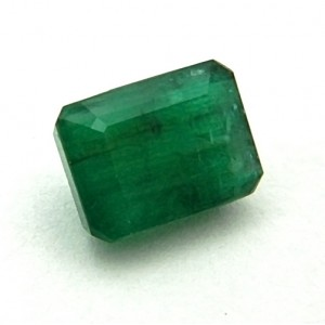 8.95 Carat  Natural Emerald (Panna) Gemstone
