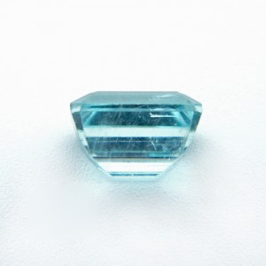 3.91 Carat  Natural Aquamarine Gemstone
