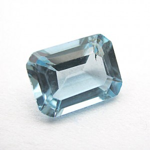 1.79 Carat/ 1.99 Ratti Natural Blue Topaz Gemstone
