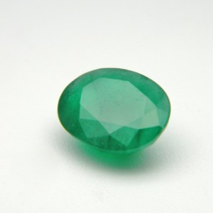 3.27 Carat  Natural Emerald (Panna) Gemstone