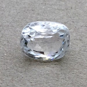 4.6 Carat/ 5.11 Ratti Natural Ceylon White Zircon Gemstone