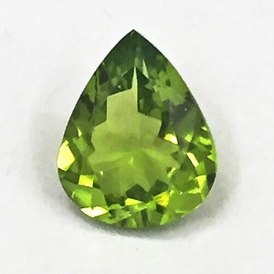 4.13 Carat/ 4.58 Ratti  Natural Peridot Gemstone