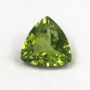 4.43 Carat/ 4.92 Ratti  Natural Peridot Gemstone