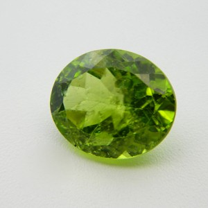 6.26 Carat/ 6.95 Ratti  Natural Peridot Gemstone