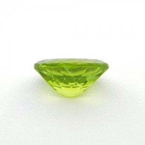 4.56 Carat/ 5.06 Ratti  Natural Peridot Gemstone