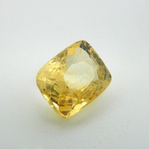 6.84 Carat  Natural Yellow Sapphire (Pukhraj) Gemstone