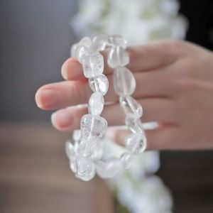 clear quartz tumbled bracelet